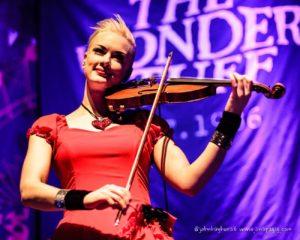 erica nockalls playing the violin